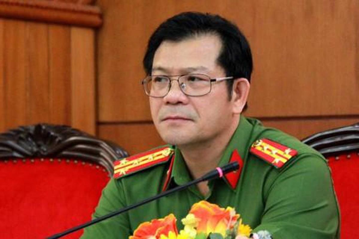 Chan dung 4 giam doc cong an tinh vua duoc dieu dong va bo nhiem-Hinh-8