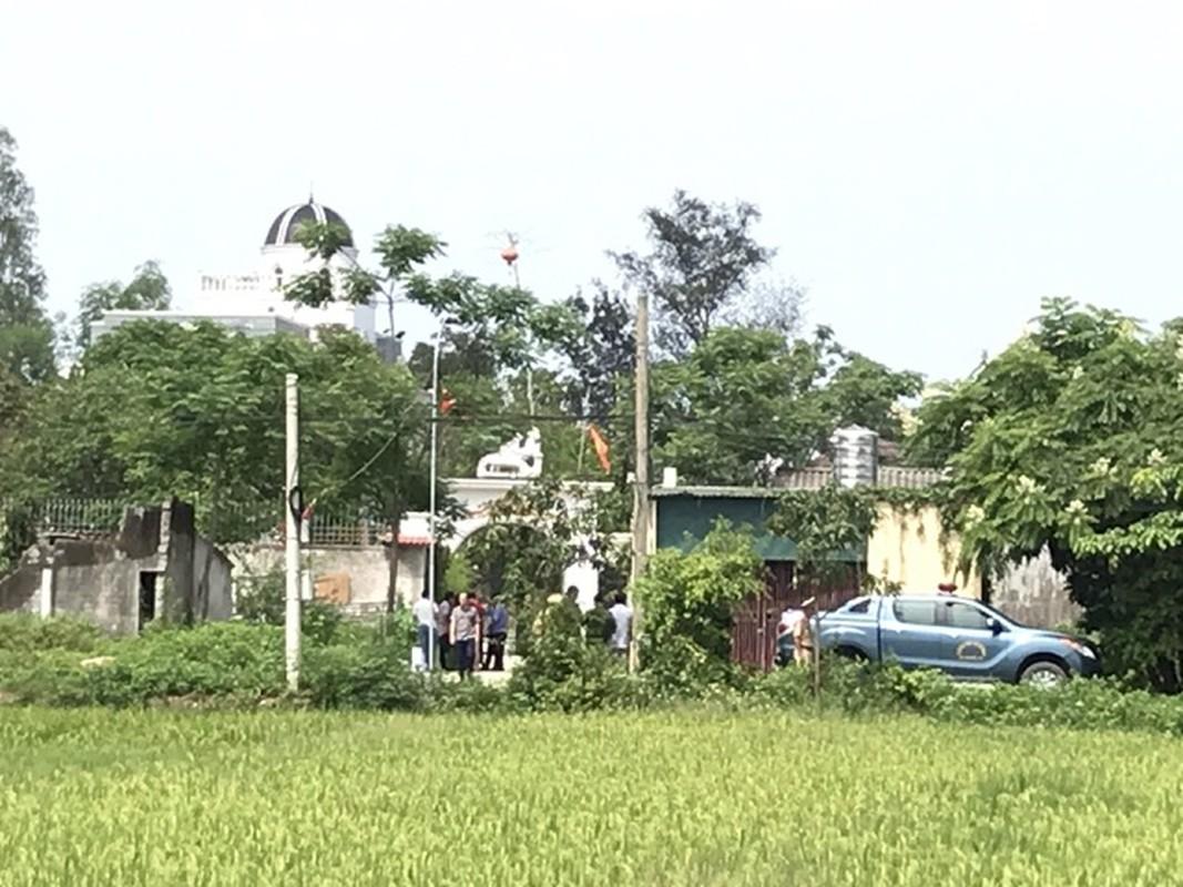 Tin nong ngay 30/4: Gia danh Truong phong Noi vu vay tien can bo xa-Hinh-5