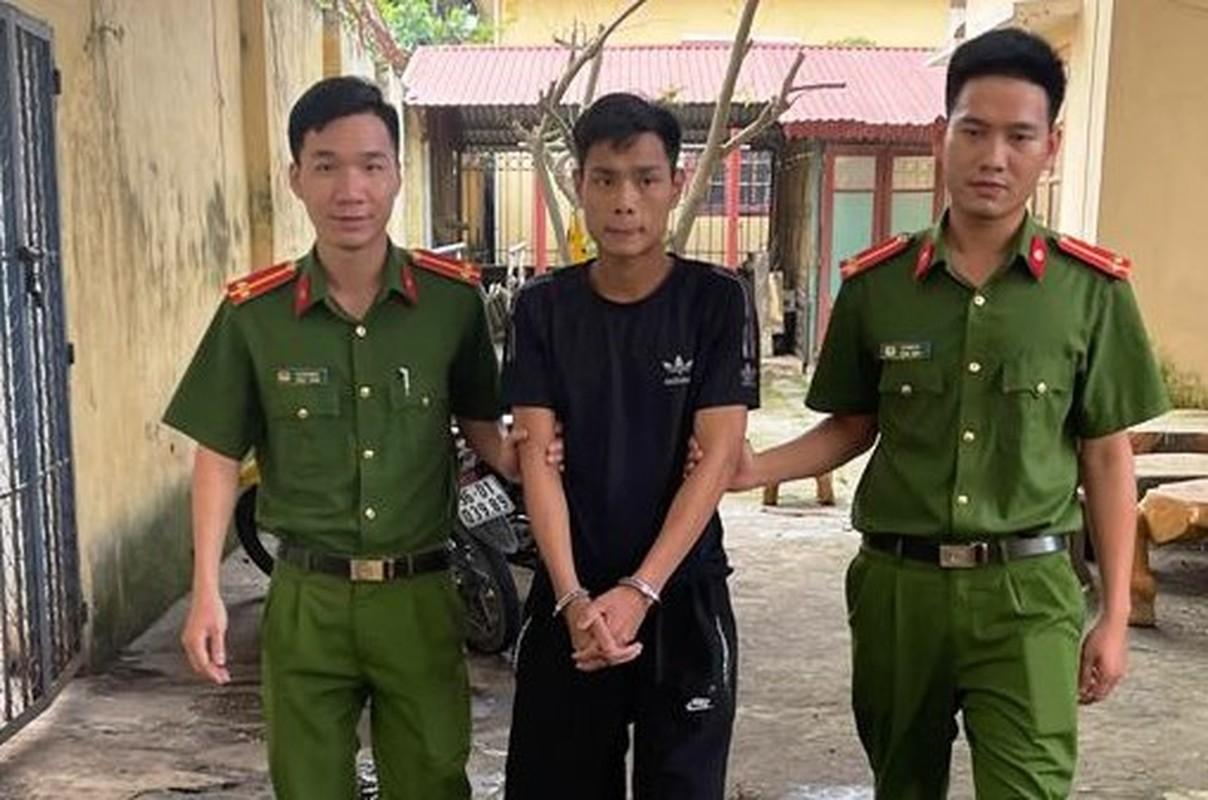 Tin nong ngay 30/4: Gia danh Truong phong Noi vu vay tien can bo xa