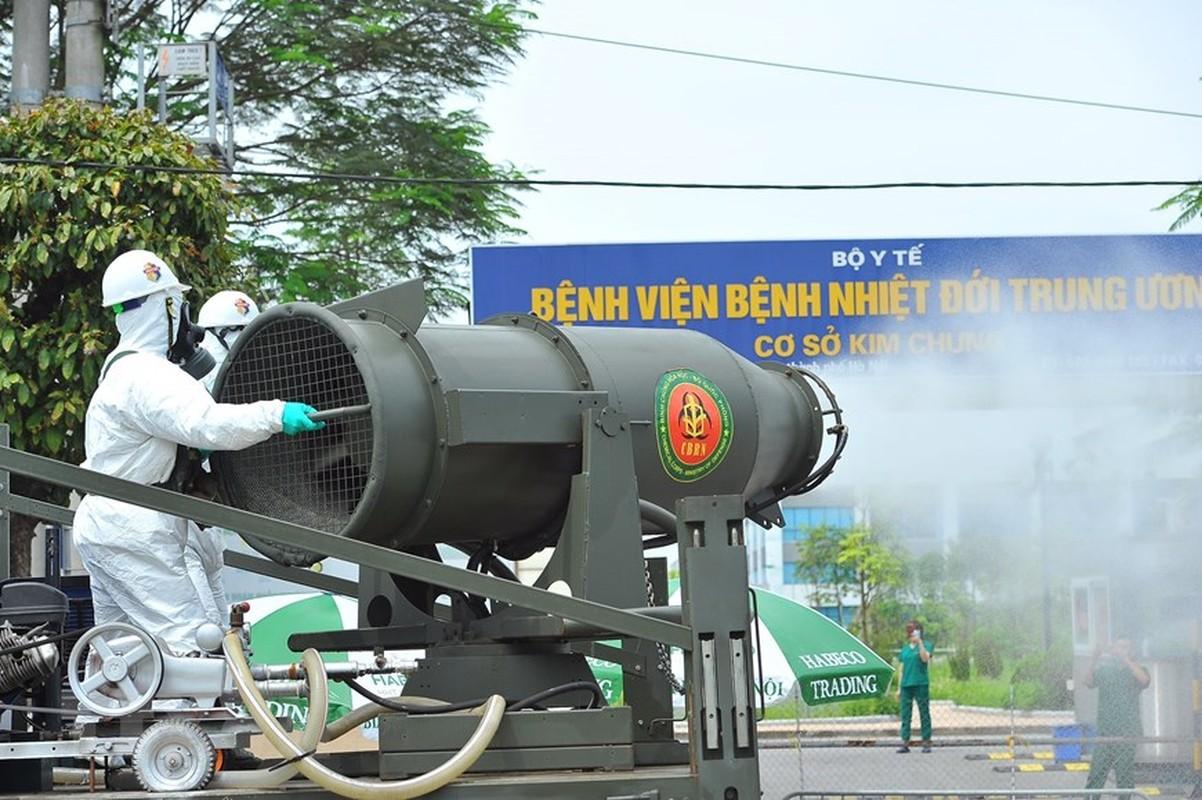 Phun khu khuan vien Benh Nhiet doi Trung uong co so Dong Anh-Hinh-7