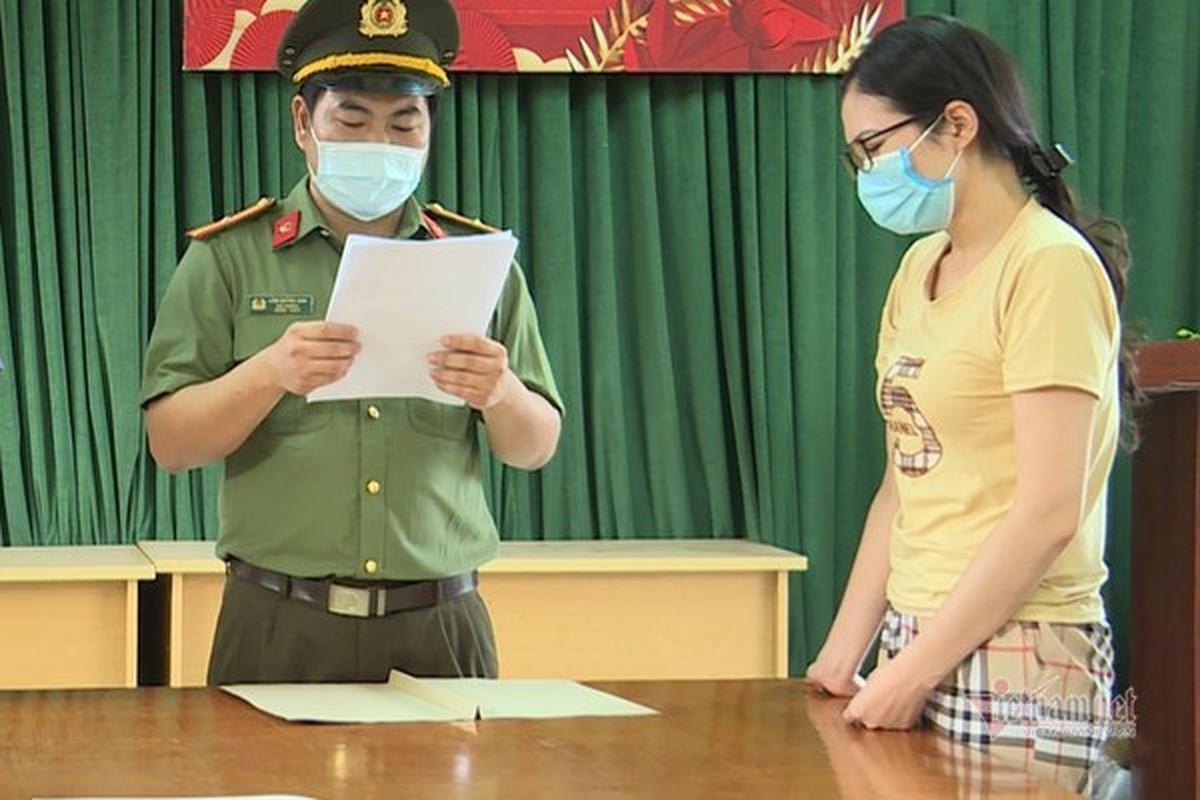 Dua nguoi Trung Quoc nhap canh trai phep vao VN: He lo thu nhap khung
