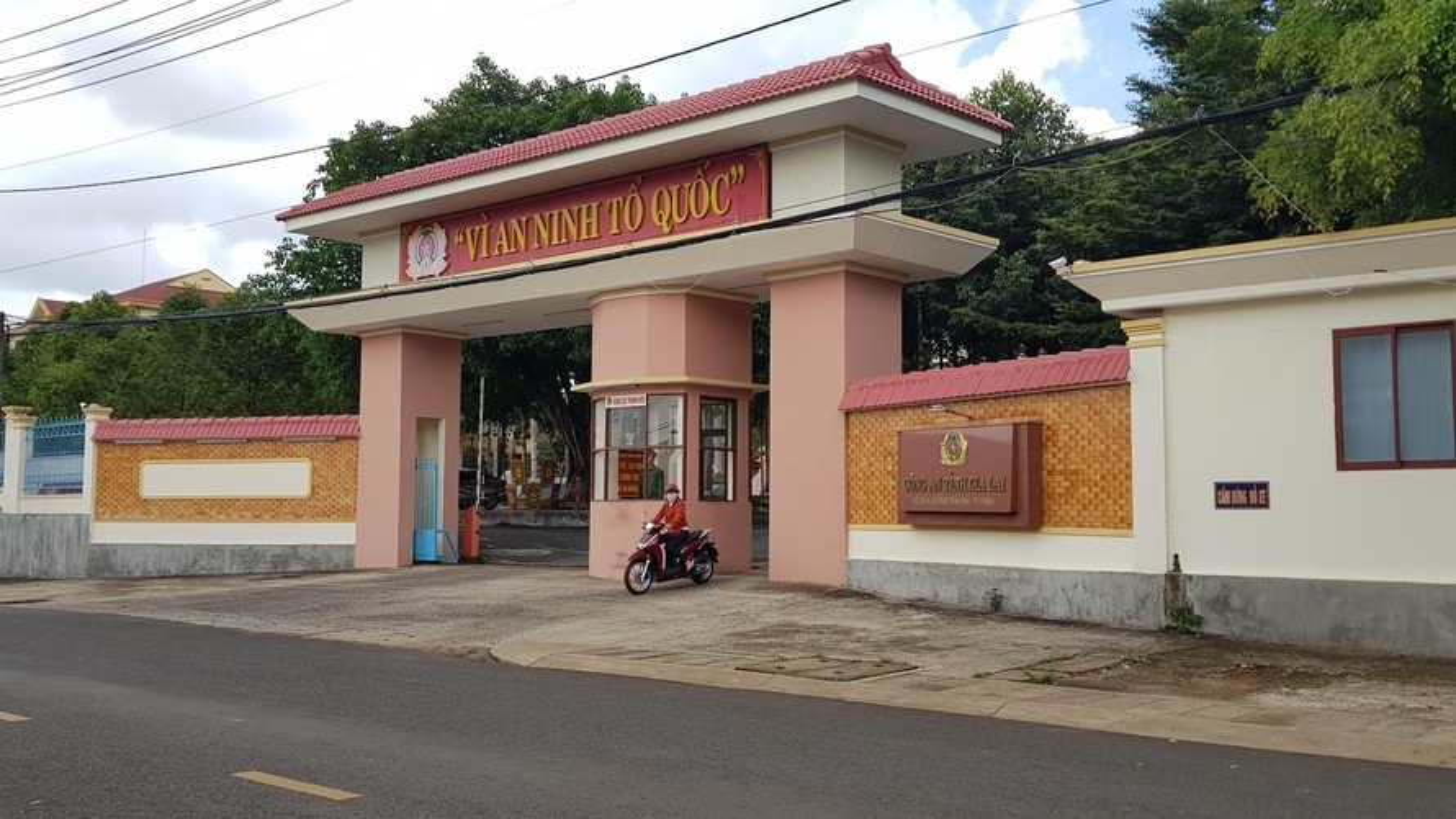 Tin nong 26/5: Moi bia khong uong, thanh nien bi dam chet-Hinh-5