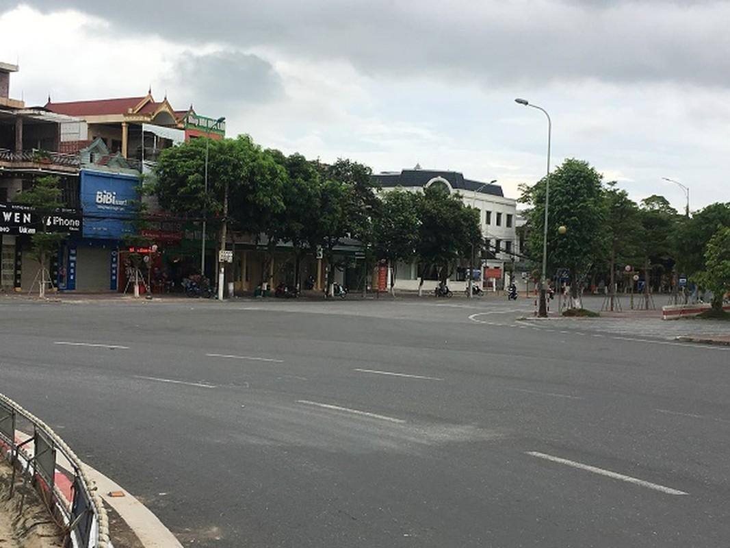 Khung canh TP Ha Tinh khi thuc hien cach ly xa hoi-Hinh-5