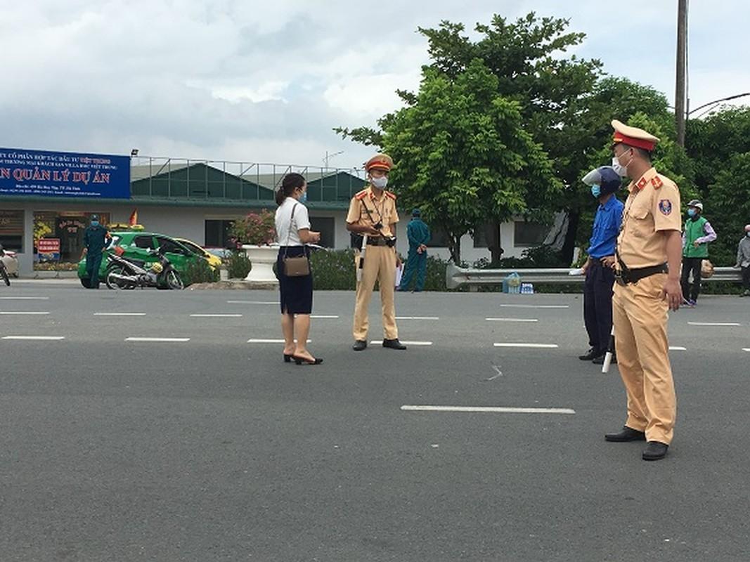 Khung canh TP Ha Tinh khi thuc hien cach ly xa hoi-Hinh-9