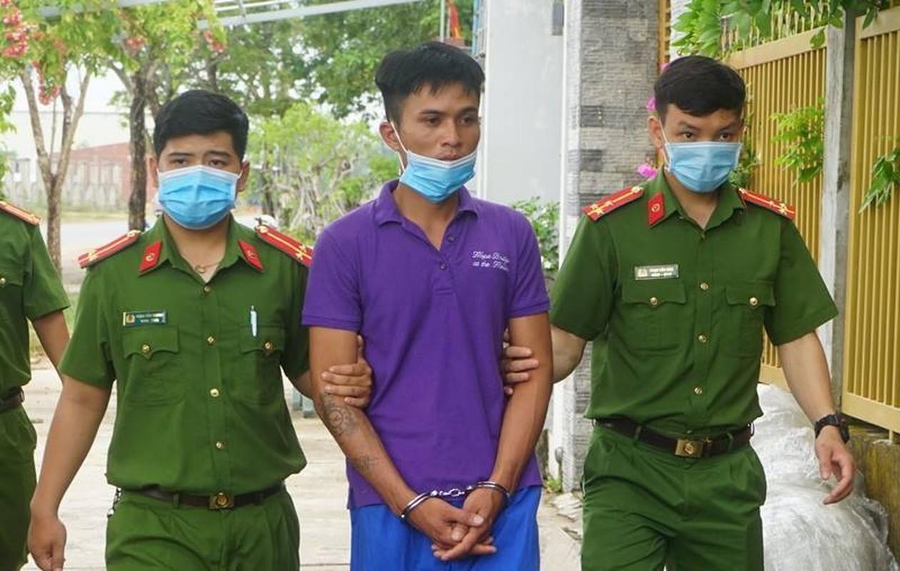 Tin nong 11/6: Bat doi tuong hiep dam nu cong nhan tai cong truong-Hinh-8