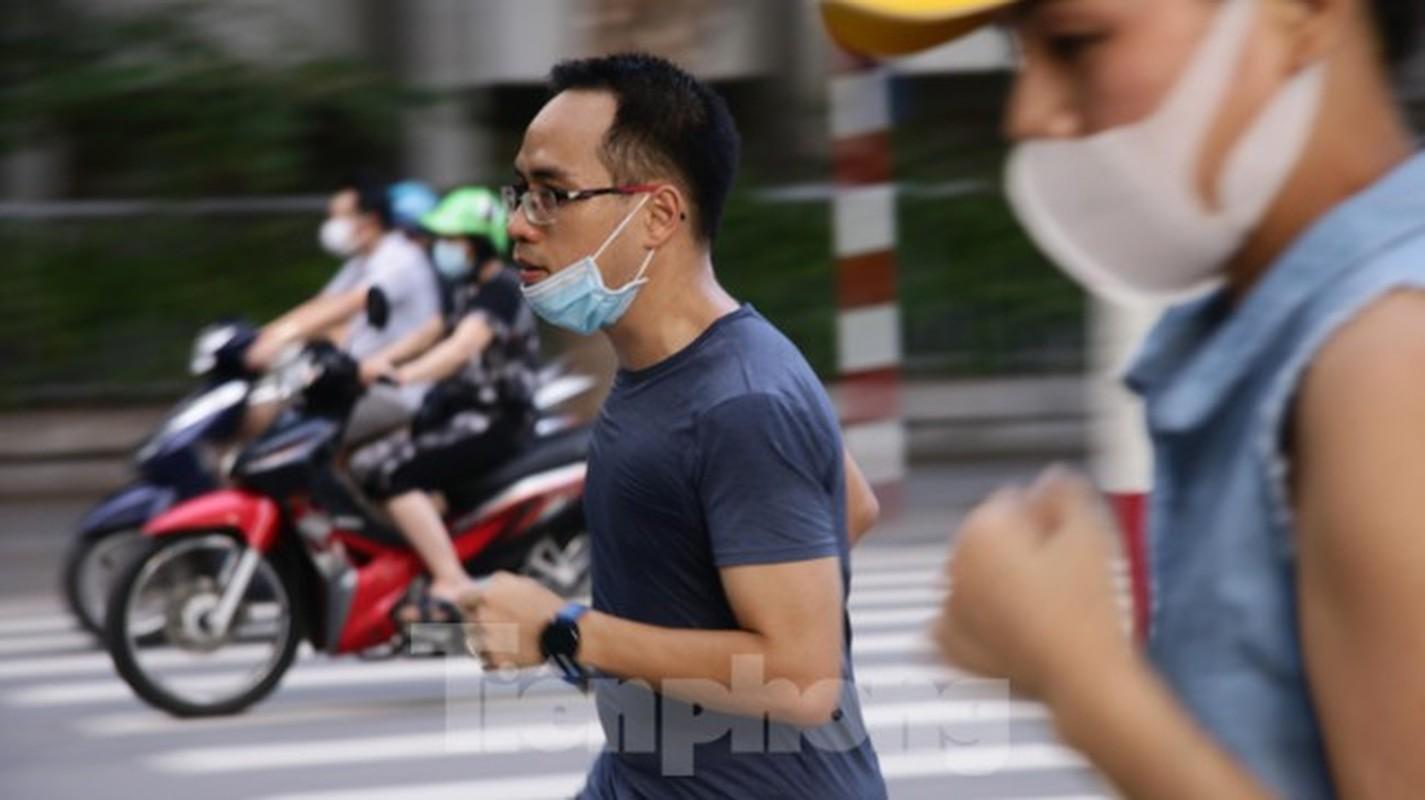 'Bien' nguoi do ra tap the duc, ho Guom thanh 'duong dua xe dap'-Hinh-7