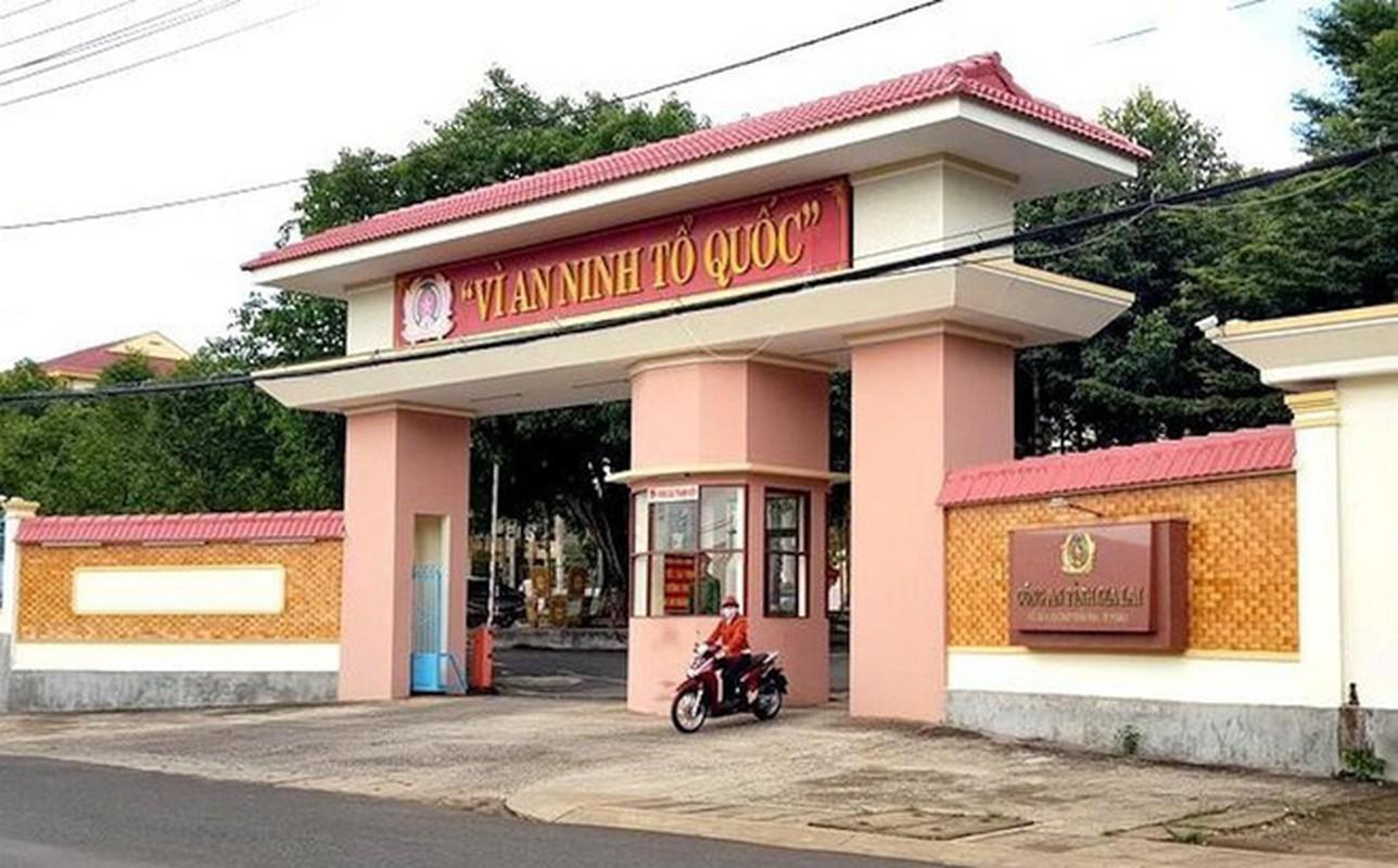 Tin nong 15/6: Me tu vong bat thuong ben canh con trai 1 tuoi-Hinh-5