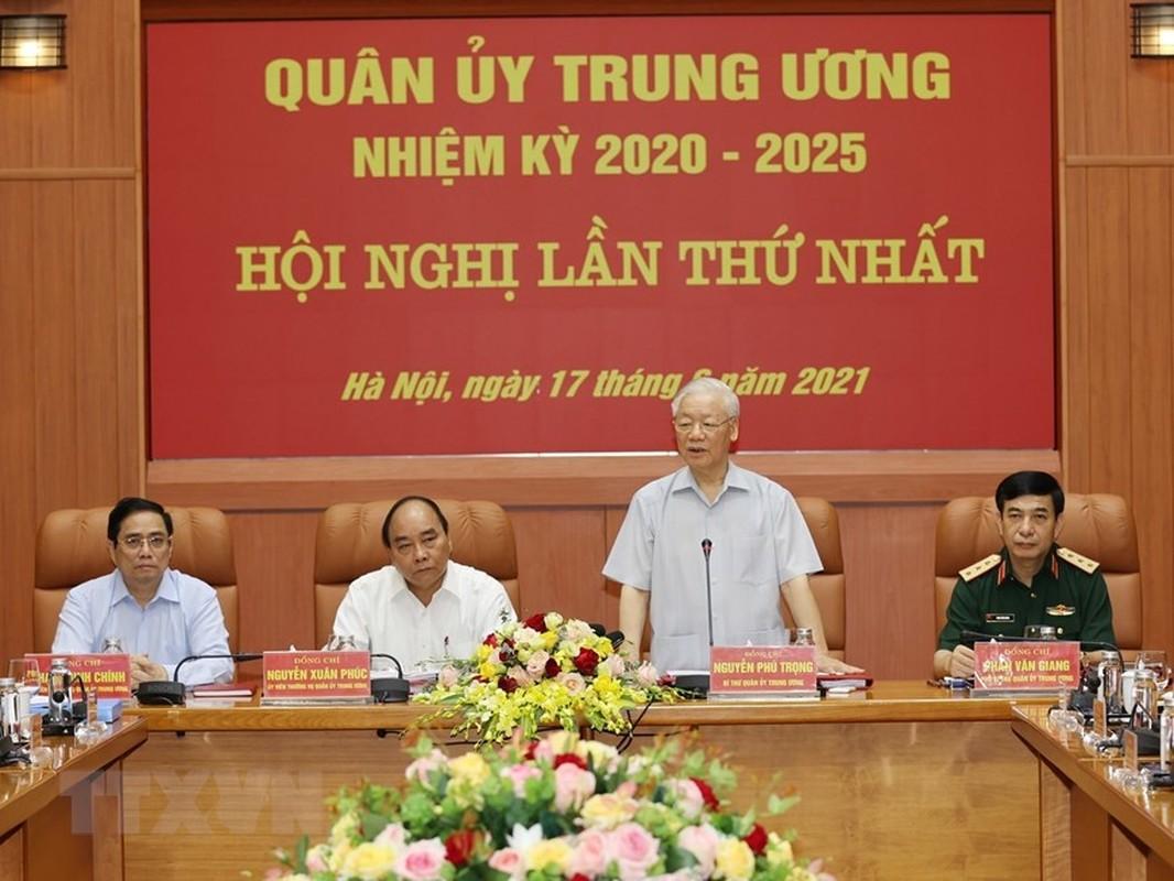 Tong Bi thu chu tri Hoi nghi Quan uy Trung uong lan thu nhat khoa XI-Hinh-5