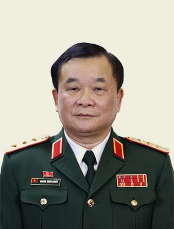 Chan dung 5 Thu truong Bo Quoc phong mang quan ham Thuong tuong-Hinh-5