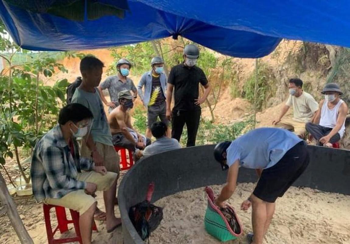 Tin nong 26/7: Chia tay ban trai, co gai nhan