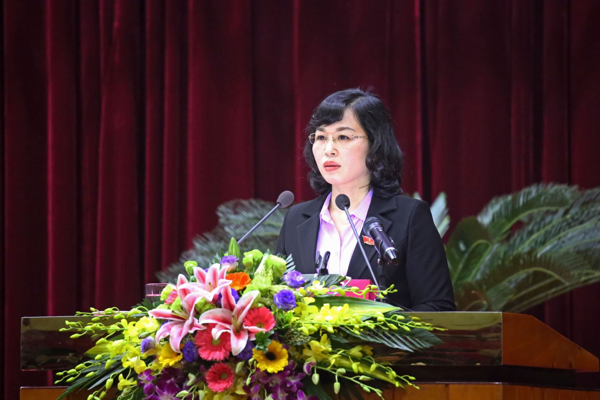 Ba Trinh Thi Minh Thanh lam Pho Bi thu Tinh uy Quang Ninh-Hinh-3