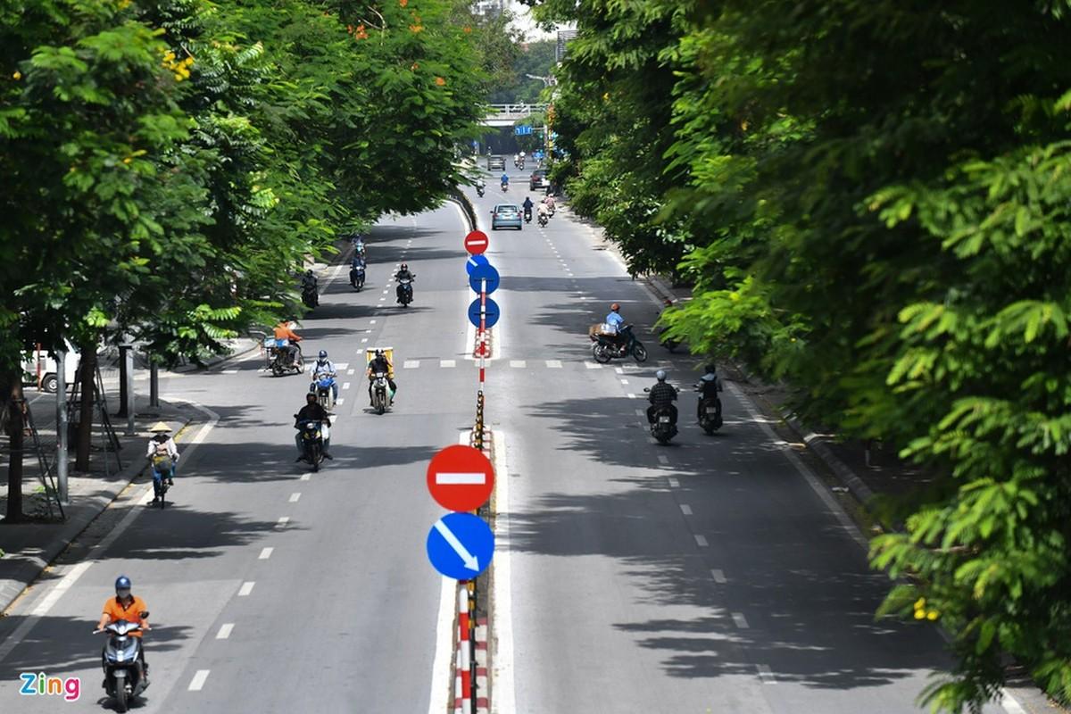 Duong pho Ha Noi dong duc phuong tien sang 30/8-Hinh-7