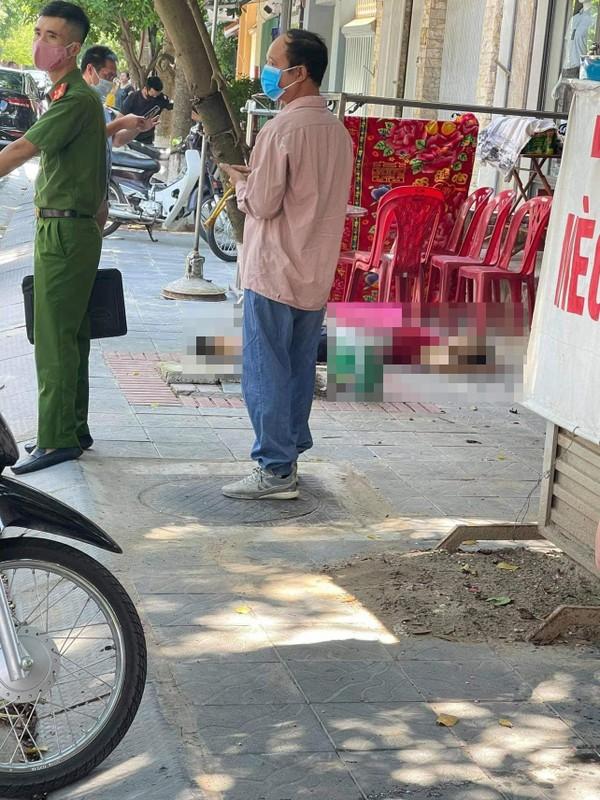 Hung Yen: Bat nghi pham chem chet nguoi phu nu khi buoc ra khoi cua-Hinh-3
