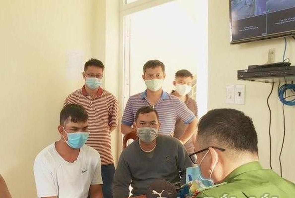 Tin nong 20/9: Bat Giam doc nguoi Trung Quoc gay o nhiem moi truong-Hinh-4