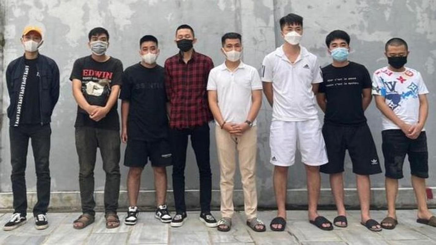Diem tin sang 21/9: Thuy Tien khoi kien nhung nguoi vu khong minh-Hinh-5