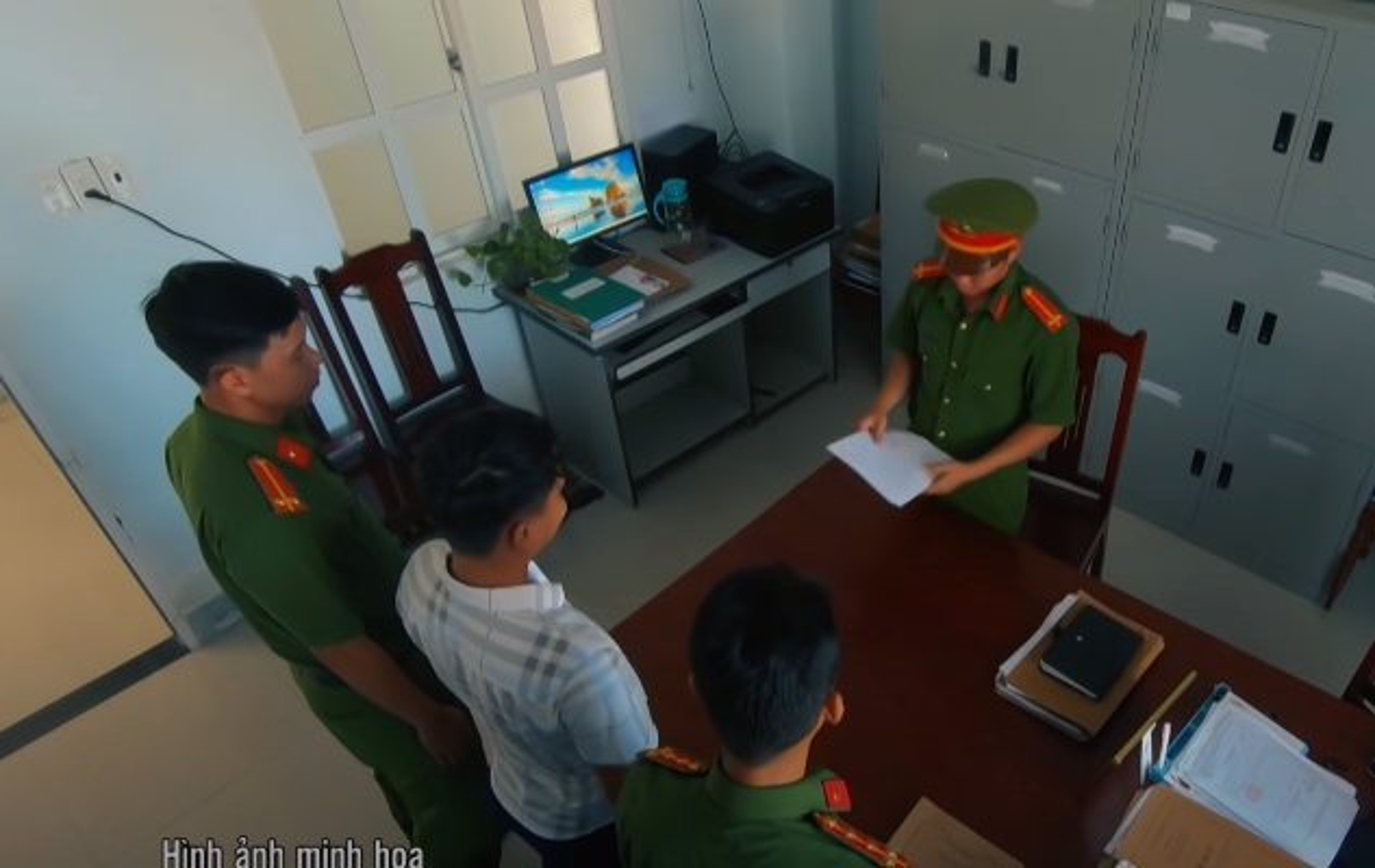 """Hanh trinh pha an: """"Bong ma"""" dem hiep dam loat phu nu vang chong-Hinh-15"""