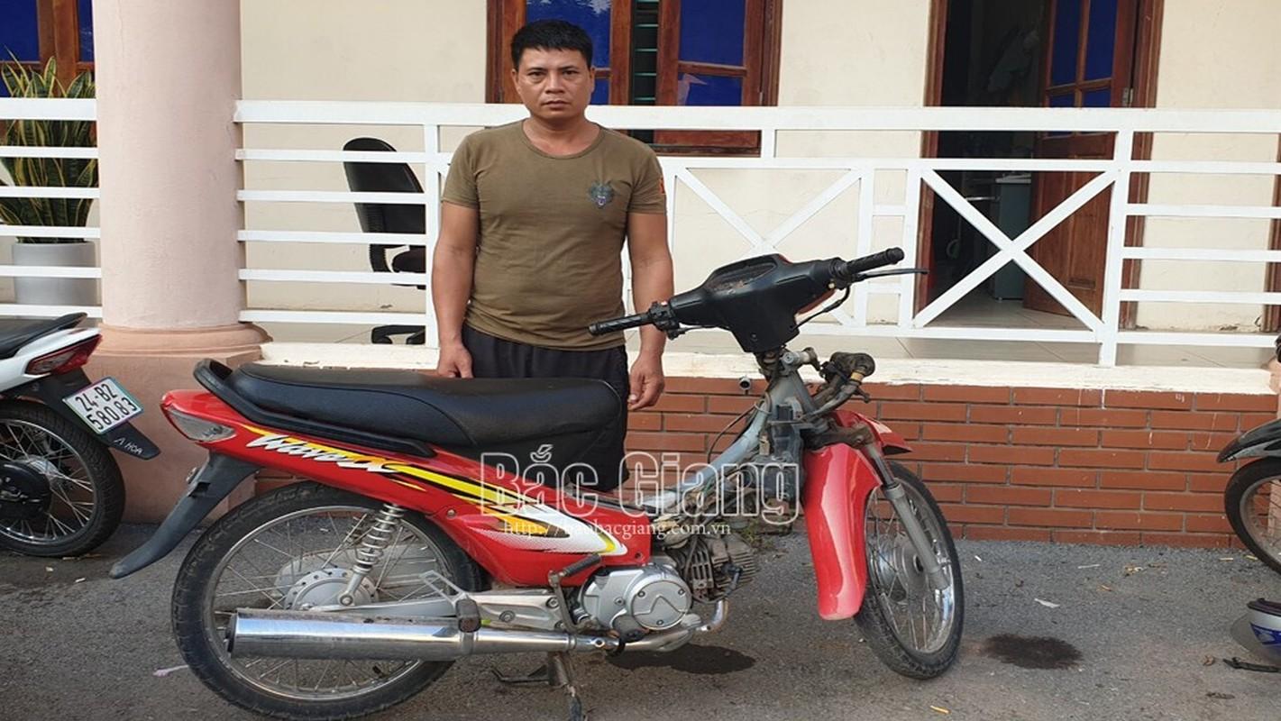 Tin nong 29/9: Chong bang hoang phat hien vo va 2 con tu vong-Hinh-4