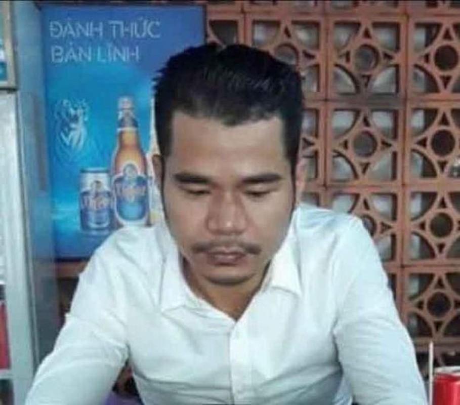 Tin nong 8/10: Phat hien nguoi dan ong tu vong trong tu the nam ngua-Hinh-6