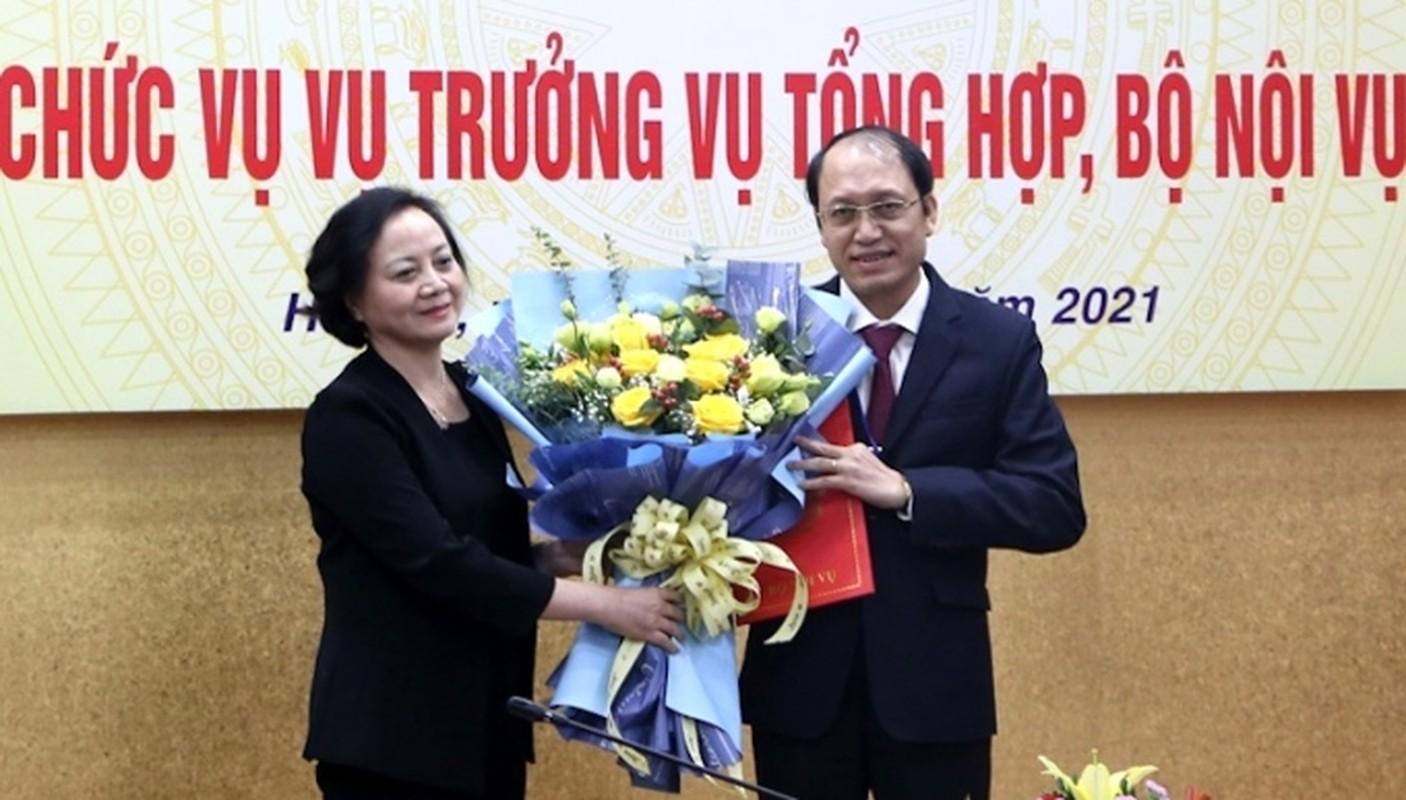 Bo Noi vu bo nhiem vu truong Vu Tong hop sau thi tuyen
