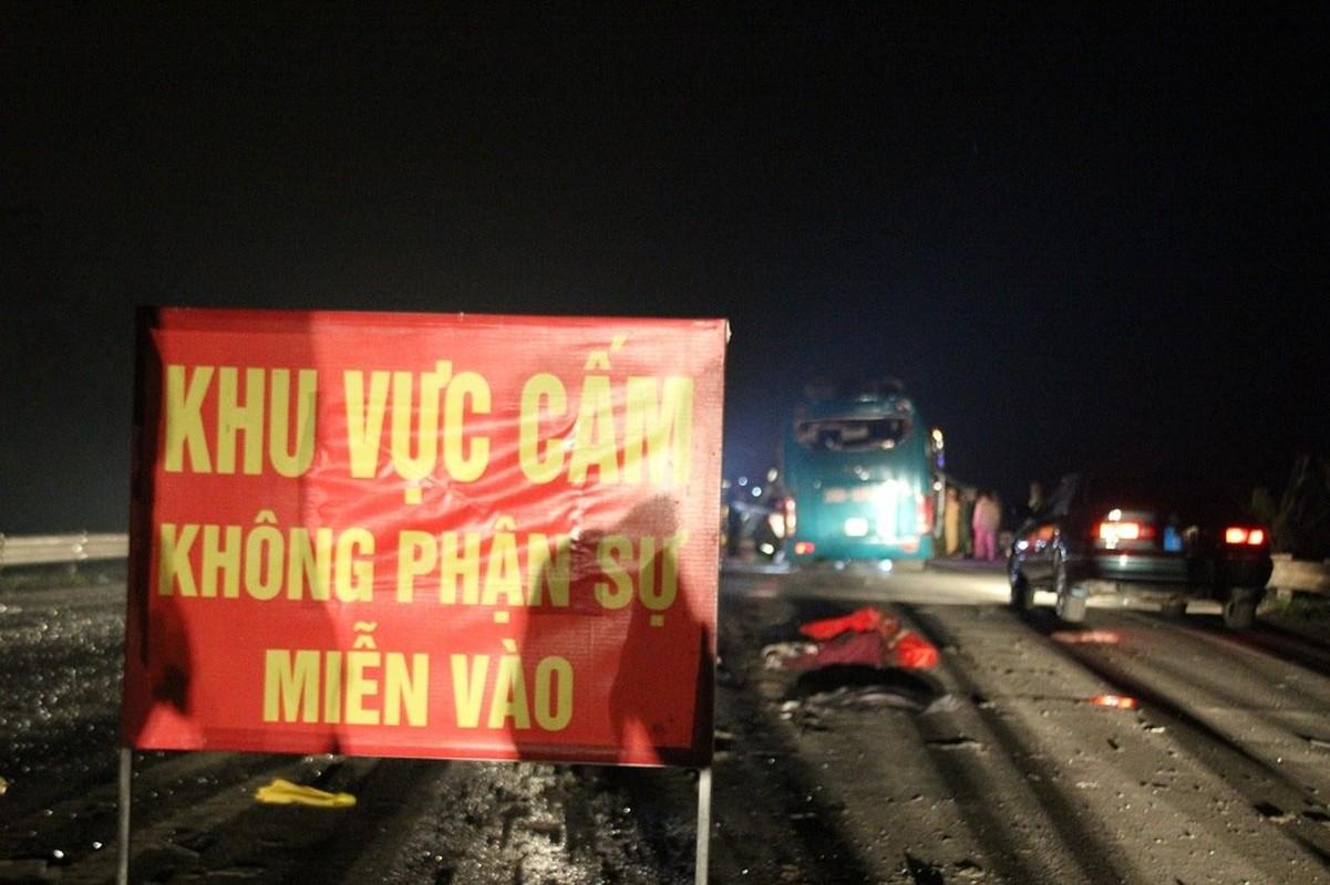 Hinh anh dau thuong vu no xe khach kinh hoang o Bac Ninh-Hinh-11