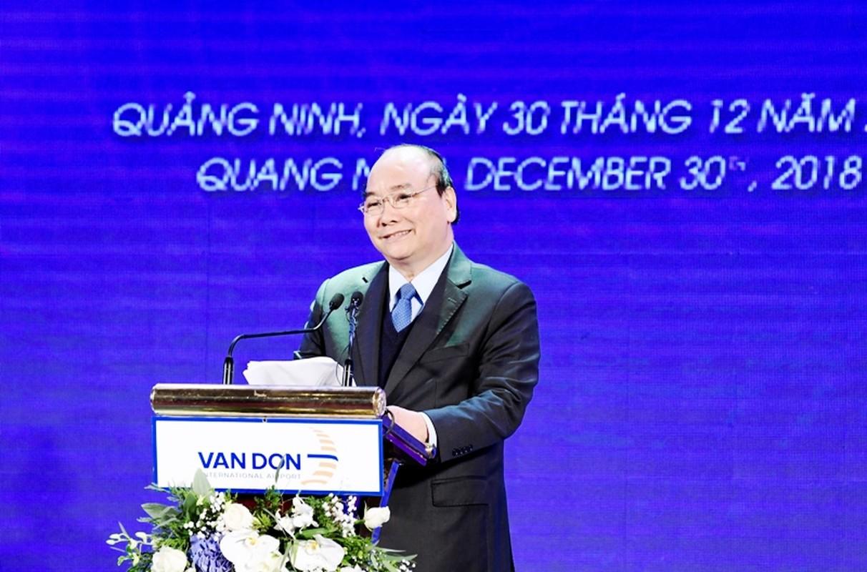 Thu tuong Nguyen Xuan Phuc di chuyen bay dau tien xuong Van Don-Hinh-5