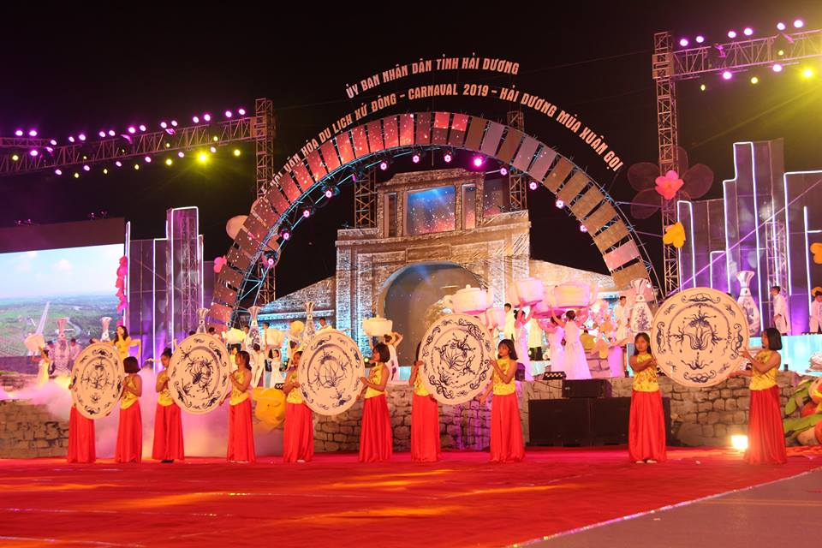Anh: Hang nghin nguoi tham gia le hoi duong pho Carnaval Hai Duong-Hinh-3
