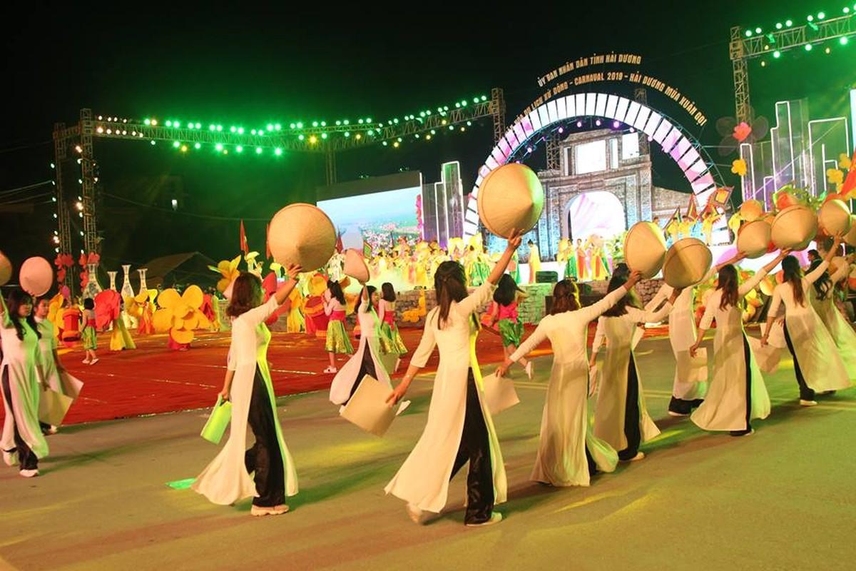 Anh: Hang nghin nguoi tham gia le hoi duong pho Carnaval Hai Duong-Hinh-4