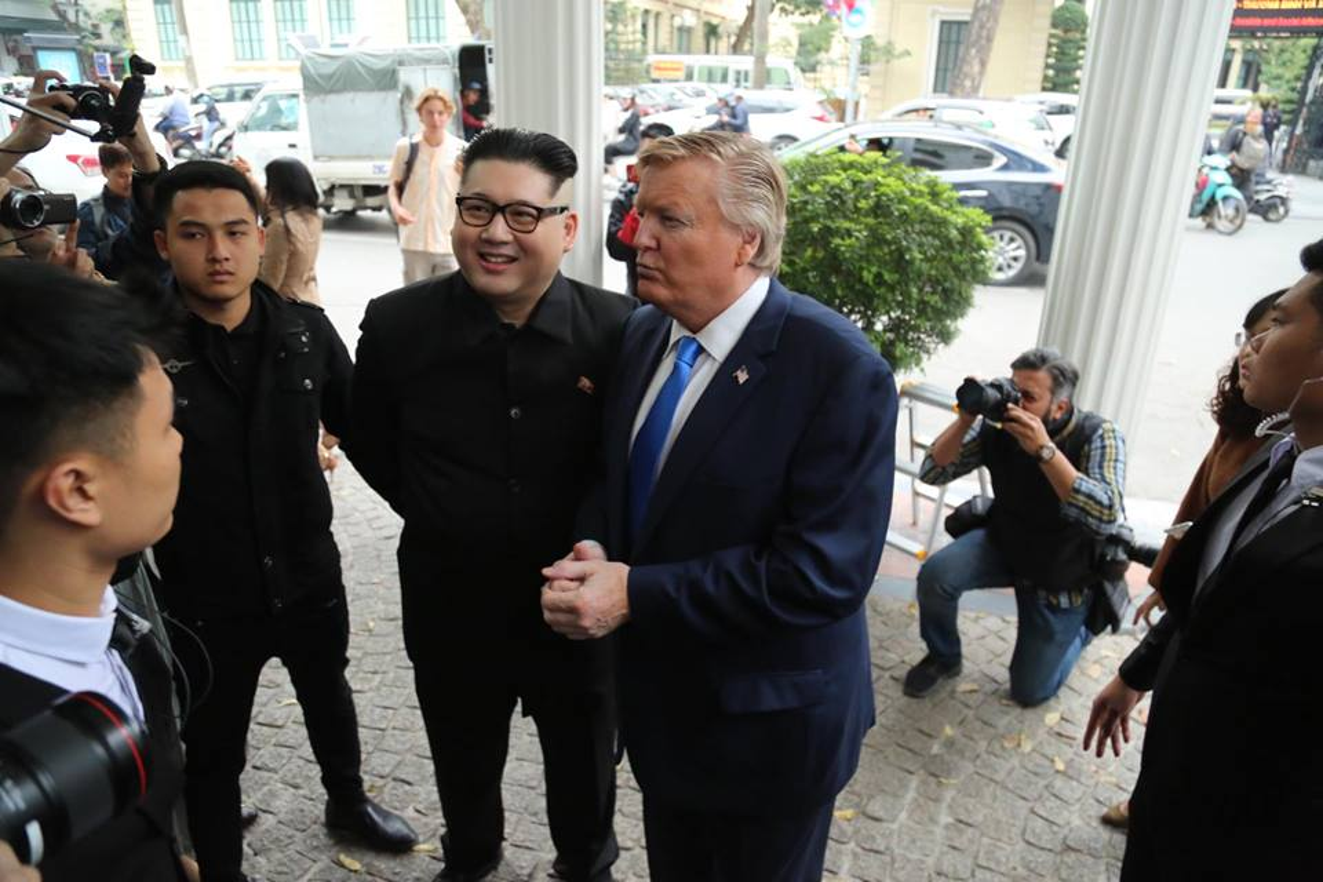 Ban sao Tong thong My va nha lanh dao Kim Jong-un nao dong o Ha Noi