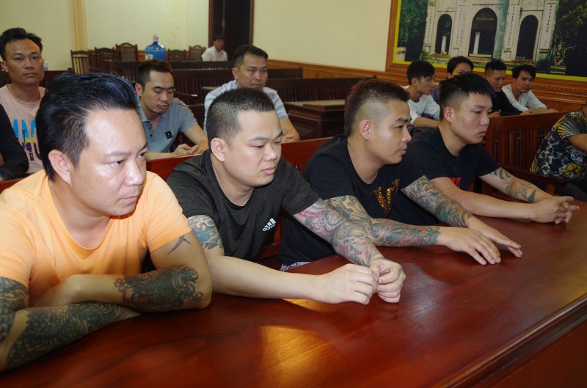 Can canh nhom doi tuong xam tro tang tru sung de danh bac tai Hung Yen-Hinh-2