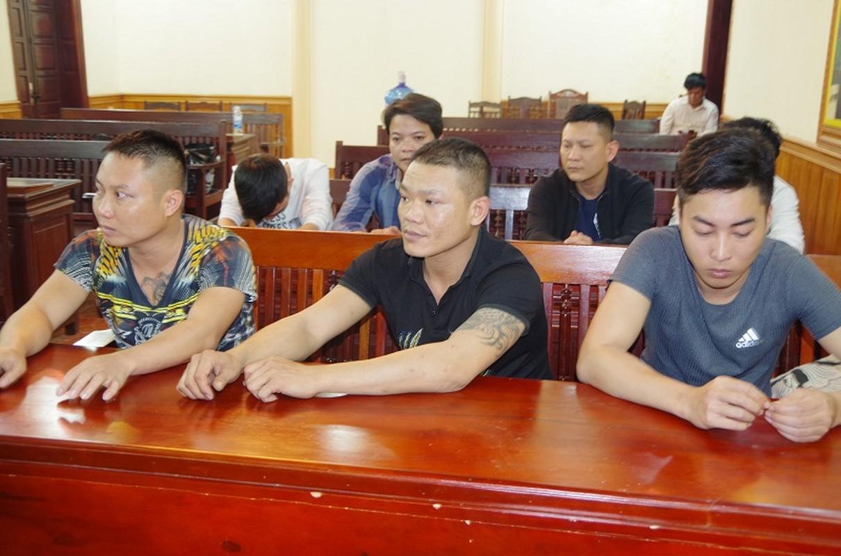 Can canh nhom doi tuong xam tro tang tru sung de danh bac tai Hung Yen-Hinh-3
