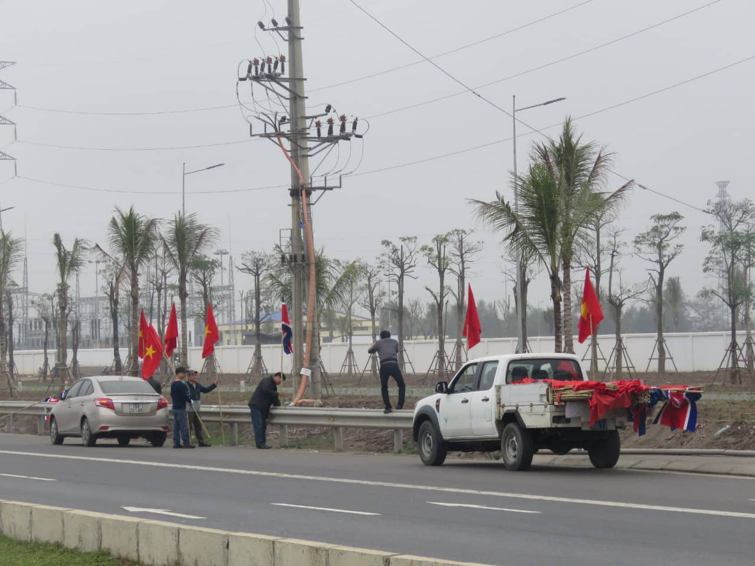 """Anh: Hai Phong """"thay ao moi"""" don Chu tich Kim Jong-un-Hinh-2"""
