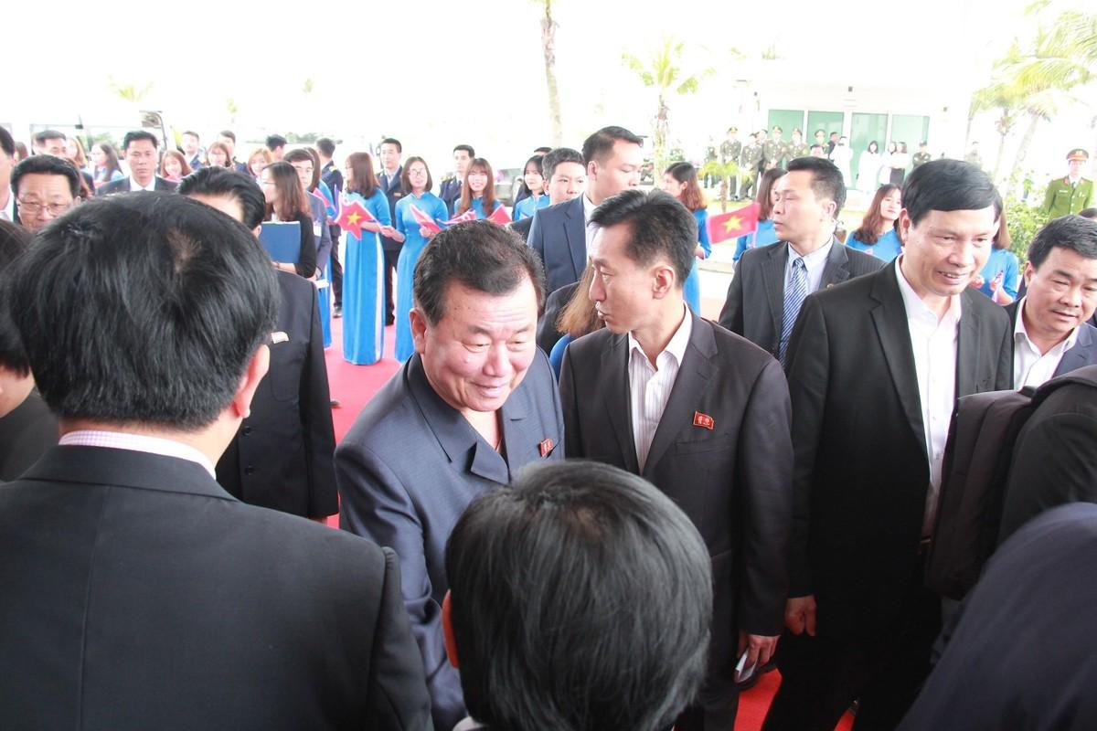 Chum anh: Phai doan Trieu Tien roi khach san Melia Ha Noi di dau sang nay?-Hinh-7