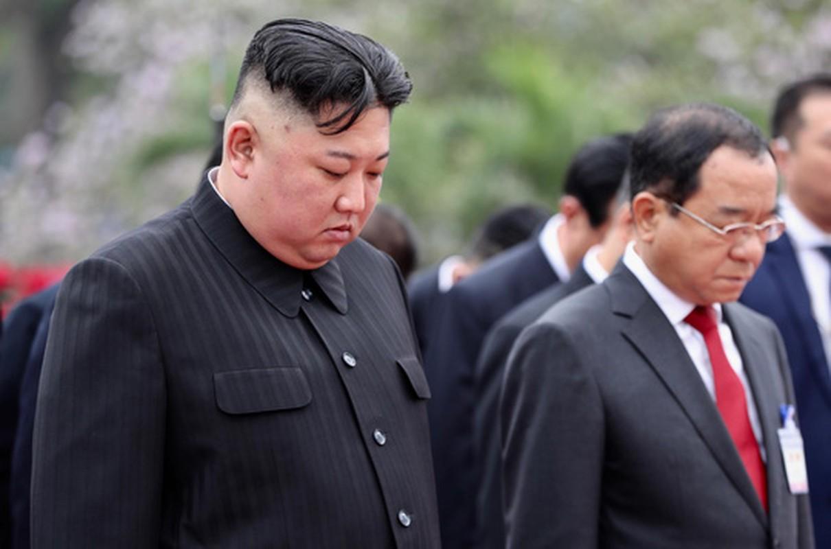 Chu tich Trieu Tien Kim Jong-un cung phai doan den vieng lang Chu tich Ho Chi Minh-Hinh-11