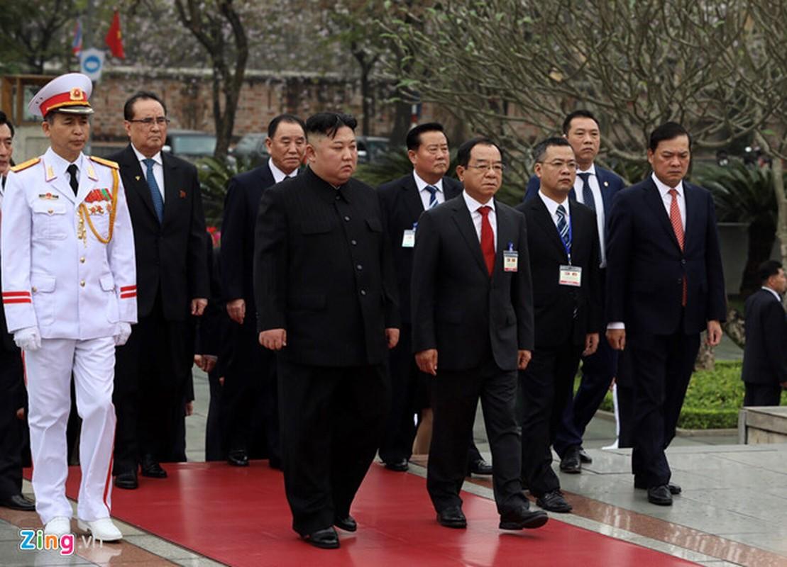 Chu tich Trieu Tien Kim Jong-un cung phai doan den vieng lang Chu tich Ho Chi Minh-Hinh-7