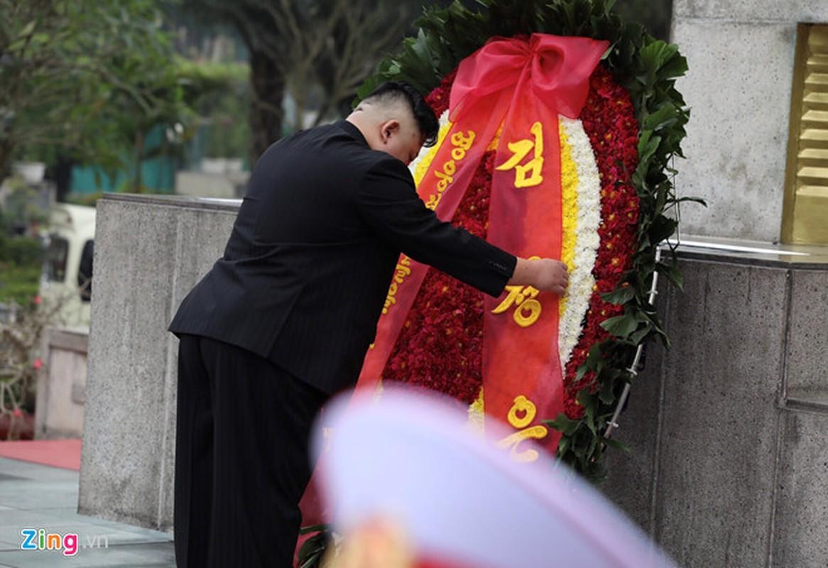 Chu tich Trieu Tien Kim Jong-un cung phai doan den vieng lang Chu tich Ho Chi Minh-Hinh-8