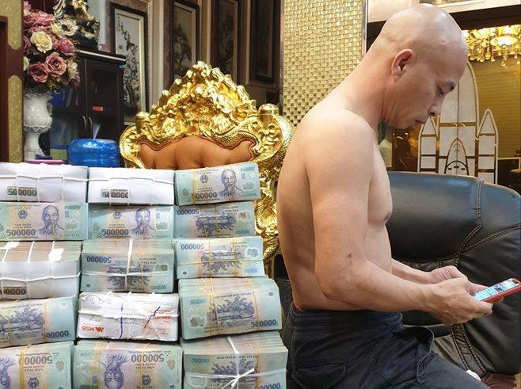 Trum giang ho Duong Nhue bi bat: Tam giam them 2 dan em mau mat o Thai Binh-Hinh-18