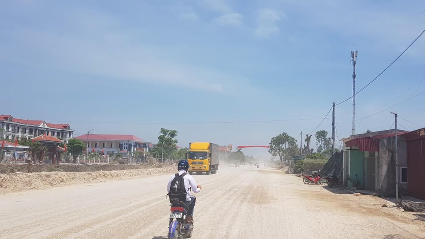 """Hai Duong: Cong ty Viet Thanh cai tao duong, dan khon kho vi """"bao bui""""-Hinh-2"""