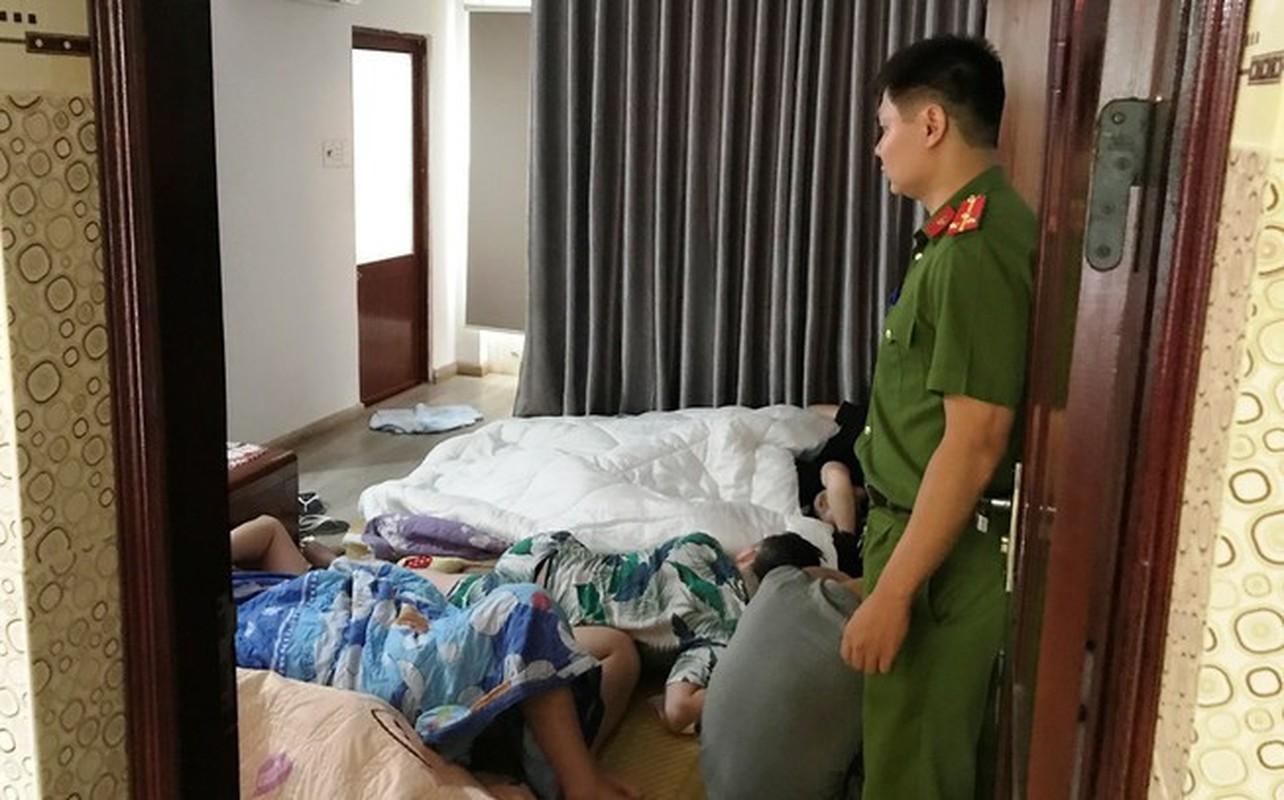 "Nguoi Trung Quoc nhap canh Viet Nam trai phep: Bao nhieu nguoi vao ""chui"", co truc xuat?-Hinh-3"