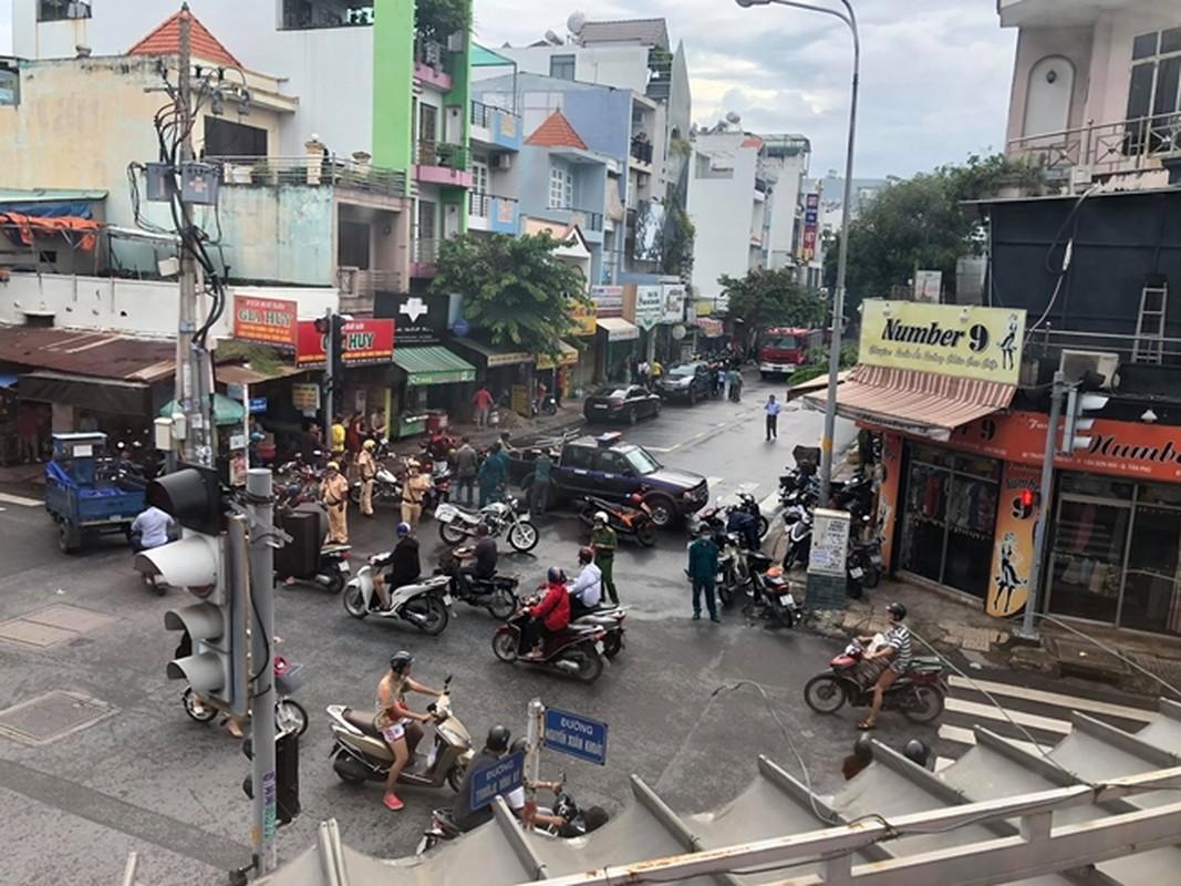 "Thi sinh thach thuc danh hai cuop ngan hang: Tu game show den ""game tu""-Hinh-11"
