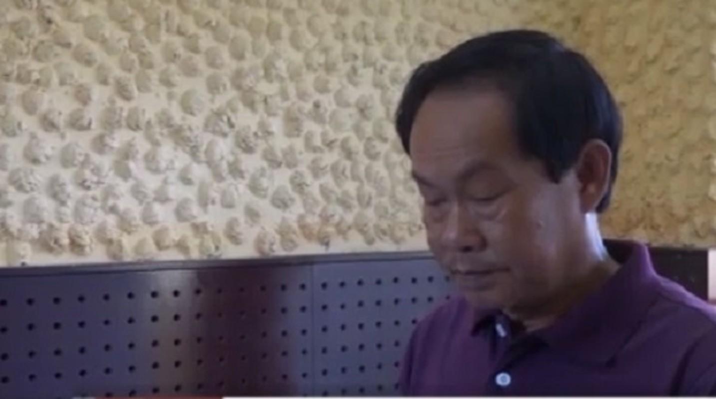 Tin nong ngay 29/11: Bao ve truong hiep dam be 8 tuoi-Hinh-4