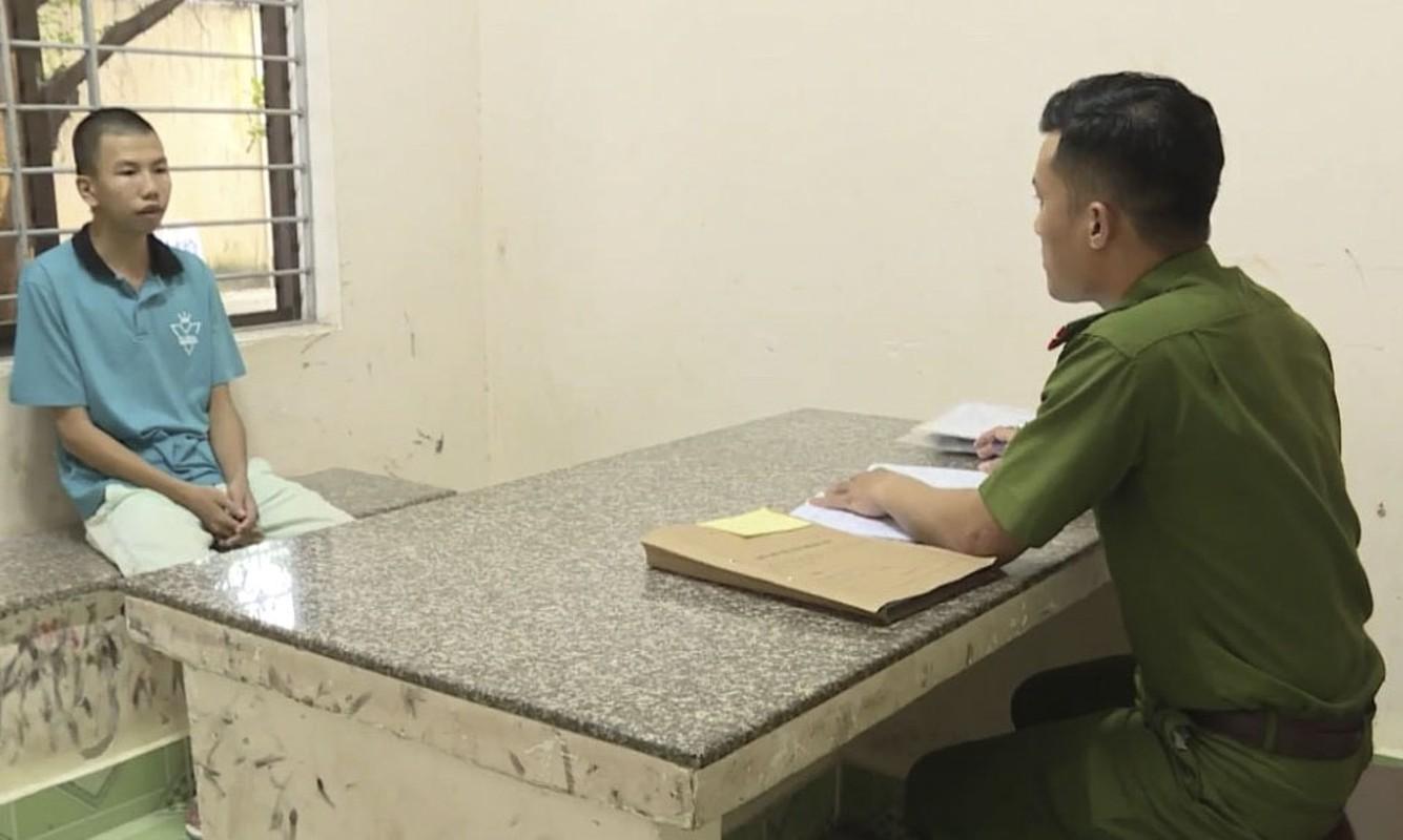 Tin nong ngay 29/11: Bao ve truong hiep dam be 8 tuoi-Hinh-9