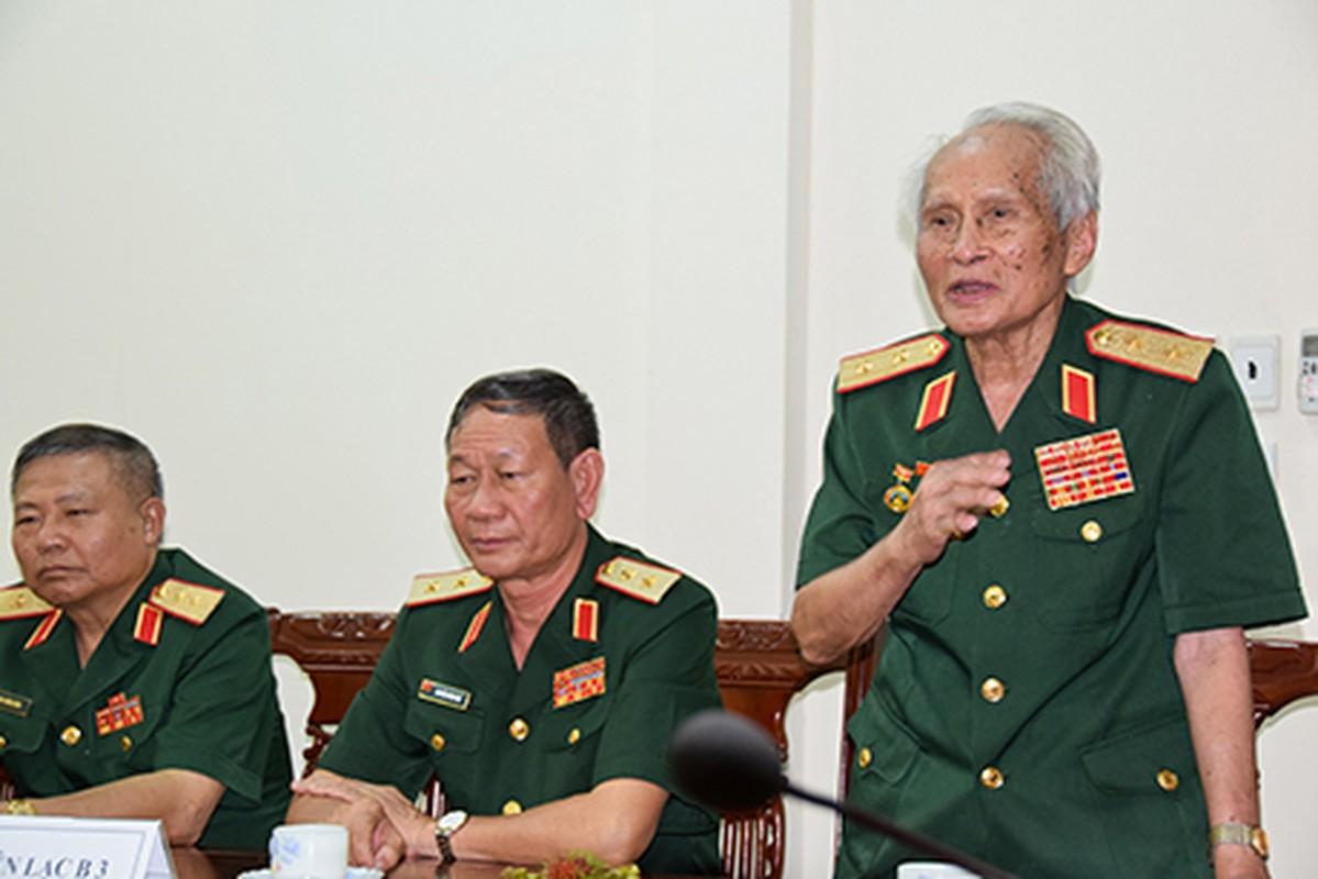 Chan dung vi tuong 94 tuoi vua nhan danh hieu Anh hung LLVTND-Hinh-11