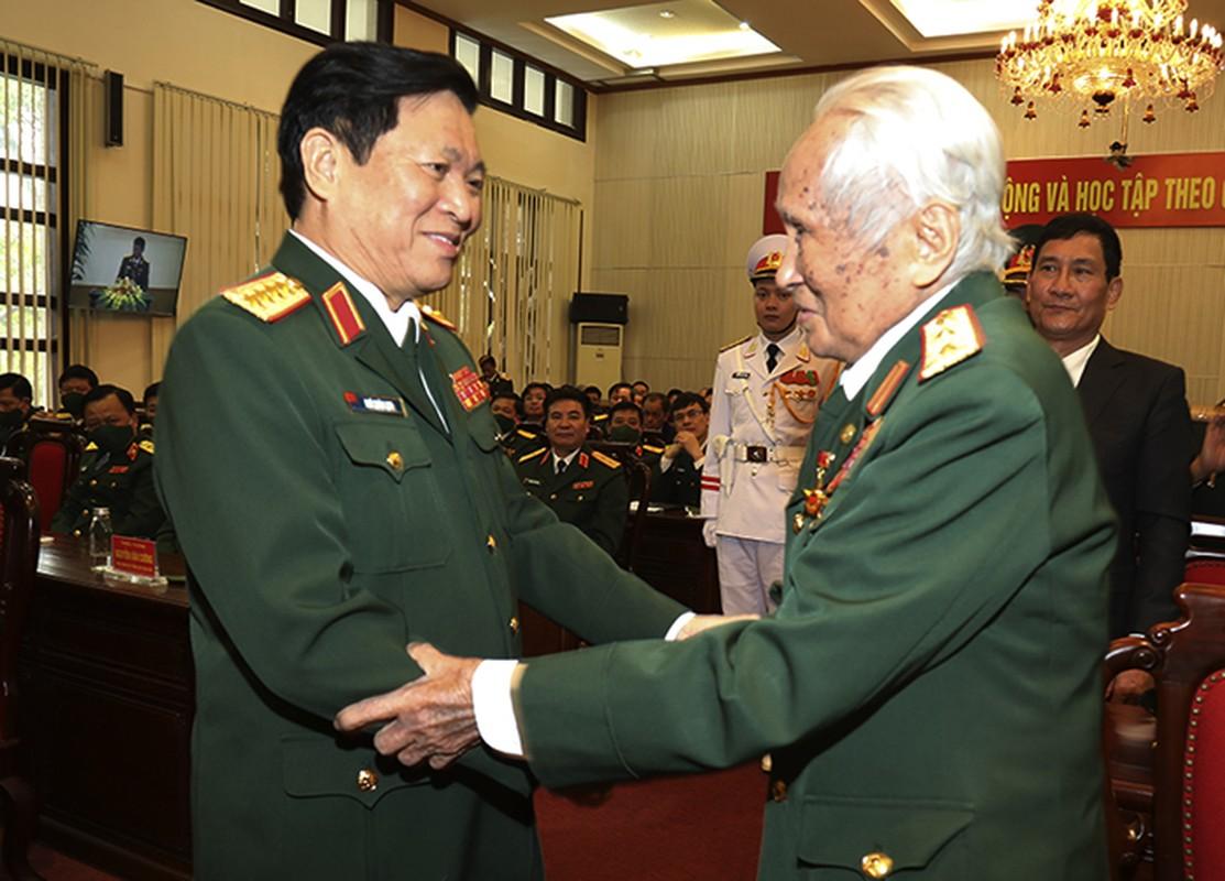 Chan dung vi tuong 94 tuoi vua nhan danh hieu Anh hung LLVTND-Hinh-2