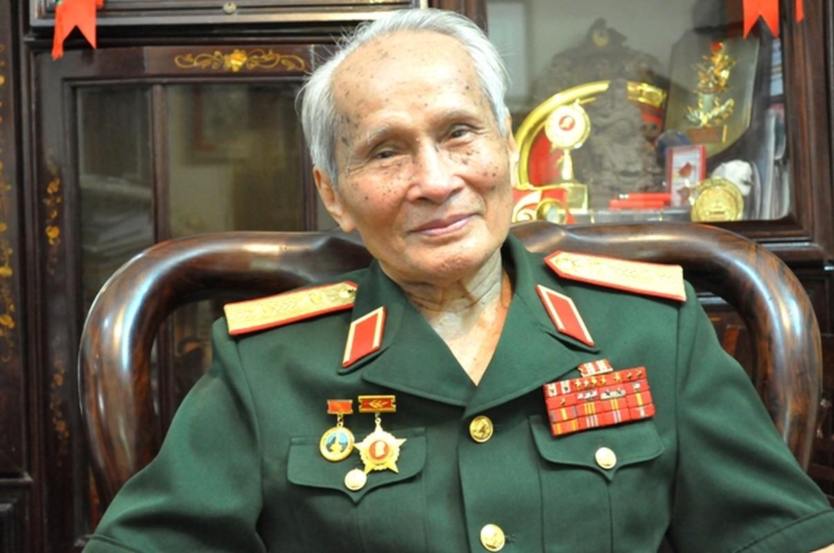 Chan dung vi tuong 94 tuoi vua nhan danh hieu Anh hung LLVTND-Hinh-7