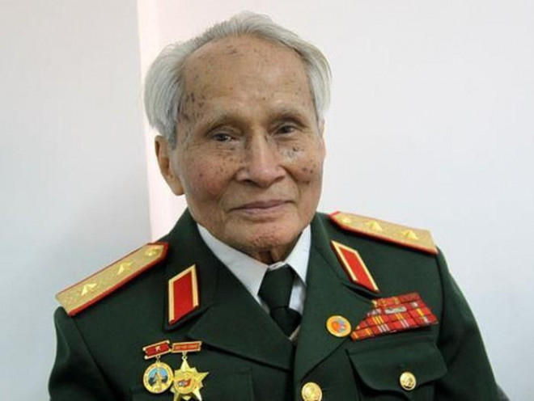 Chan dung vi tuong 94 tuoi vua nhan danh hieu Anh hung LLVTND-Hinh-5