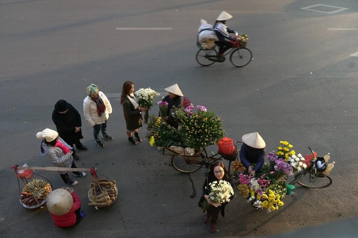 Nghi Tet: Nhieu nguoi van miet mai muu sinh trong gia lanh-Hinh-10