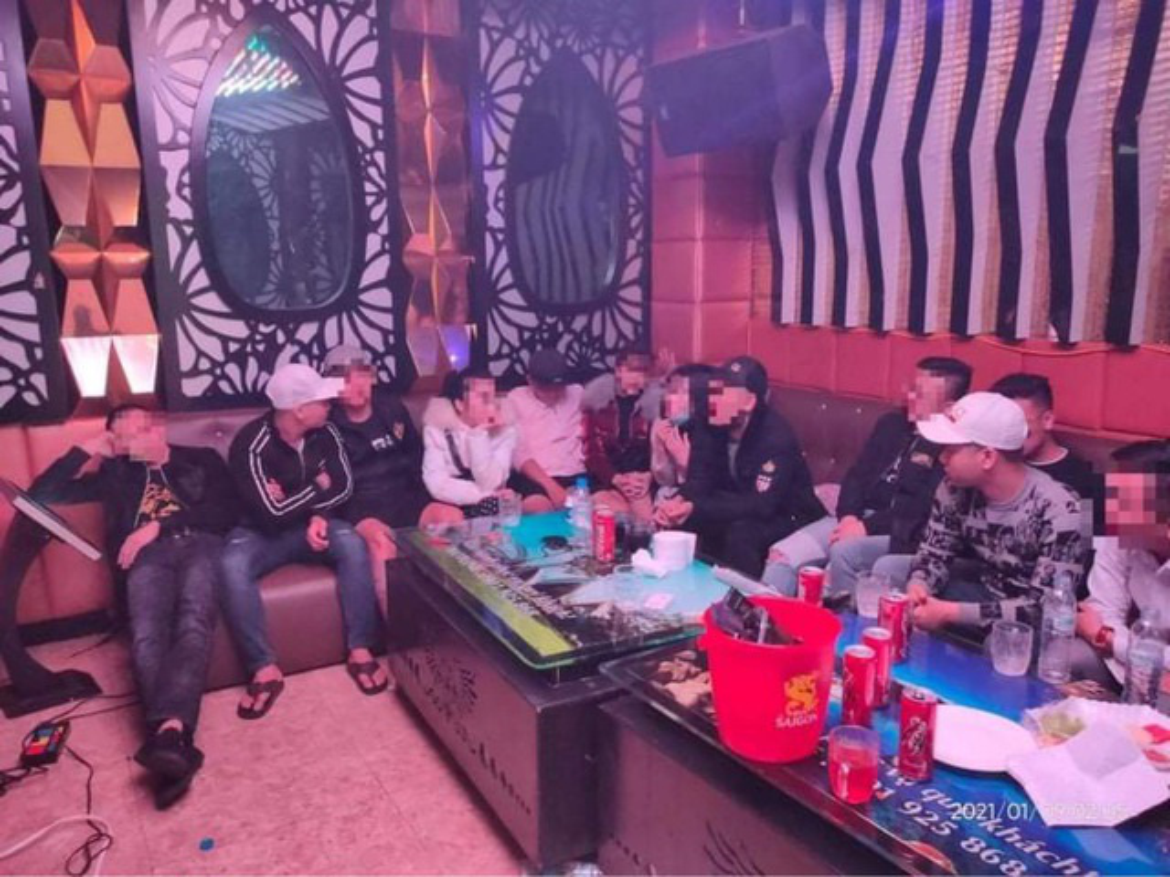 Tin nong ngay 10/1: Om binh gas doi tu sat vi me khong cho tien di choi-Hinh-4