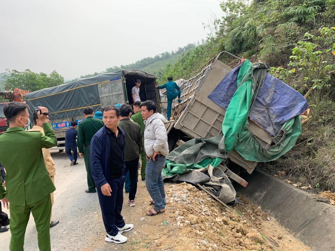 Hien truong vu tai nan tham khoc 7 nguoi tu vong o Thanh Hoa-Hinh-8