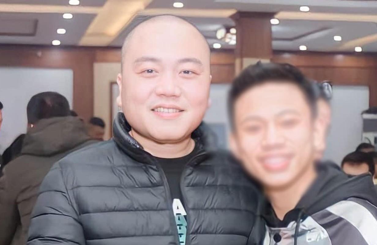 "Chan dung dai ca giang ho cam dau vu ""chon song"" nam thanh nien-Hinh-3"