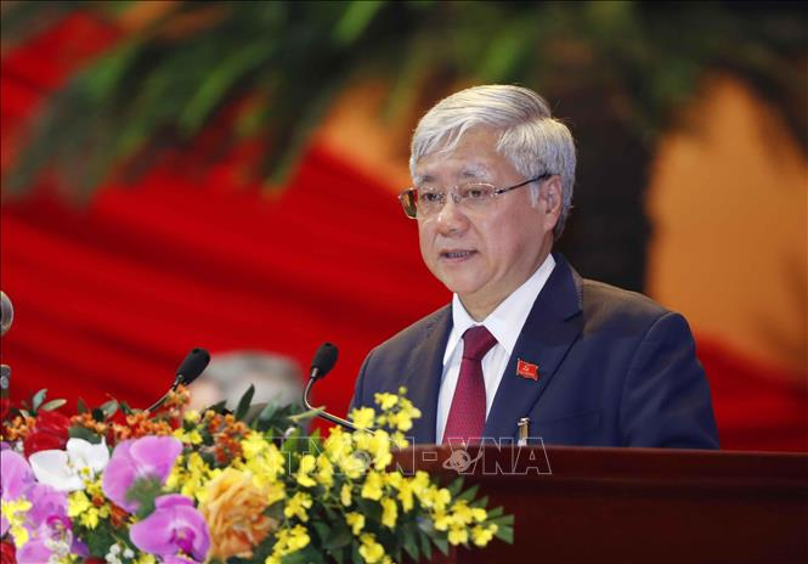 Mien nhiem Pho Thu tuong Trinh Dinh Dung va 12 thanh vien Chinh phu-Hinh-9
